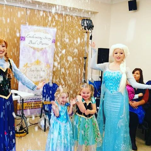 Amazing birthday party and it even snowed! #epig #frozen #birthday